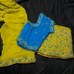 Blue and yellow/green lengha.